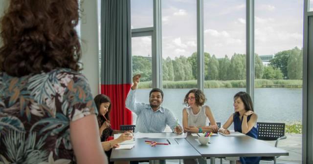 Workshop 6 nov: 'Hoe maak ik een goede eerste indruk bij nieuwe ontmoetingen?'